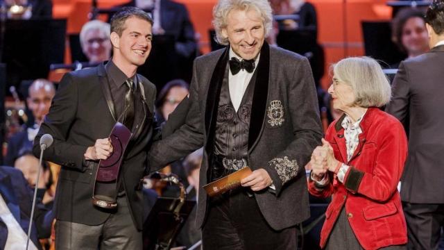 Philippe Jaroussky is awarded the Echo Klassik (c) BVMI Mo Wüstenhagen
